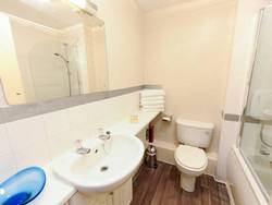 Picture of One-Bedroom Apartment (2 Adults) - Rodney Street
