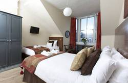 Picture of Triple Room with Castle View