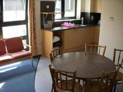 Picture of 5-Person Apartment