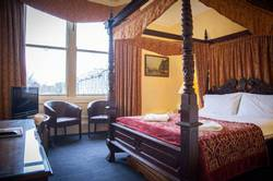 Picture of Superior Four-Poster King Size Room